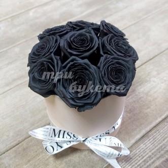 9 черных роз в квадратной коробочке